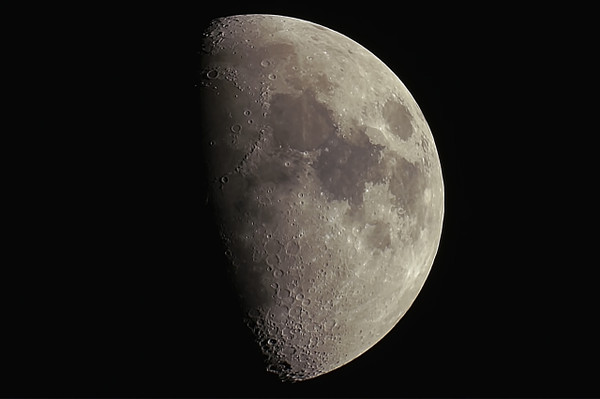 Moon20140508
