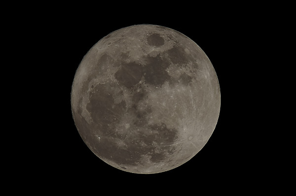 Full_moon_1